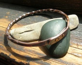 Riveted Bangle in copper for women