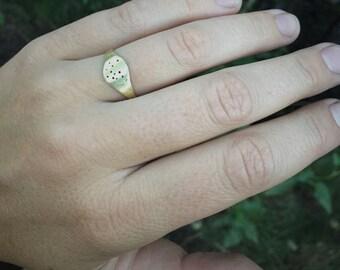 Constellation signet ring in bronze