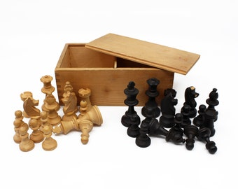 Turned Wood Chess Pieces w/ Tongue & Groove Storage Box - Vintage Chess Set