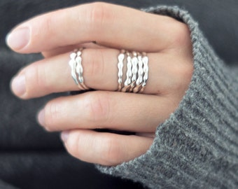 Water Wave Stack Rings, Thin Ring Band, Ring Stack Set, Layering Ring, Minimalist Ring Set - 5 or 7 pcs