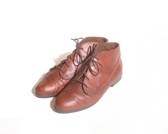 Vintage 90s Munro Brown Ankle Lace up Women's Boots size 8M
