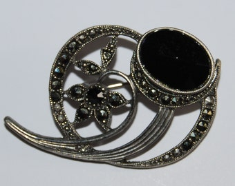 Beautiful Vintage  Marcasite Brooch Pin