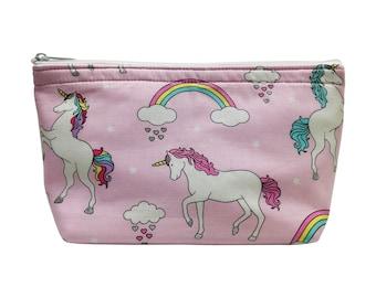 Unicorns Print Go Bag // Makeup Bag // Cosmetic Organizer // Travel Organizer // Toiletry Organizer // Ready To Ship