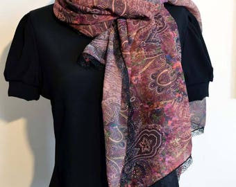 scarf purple with black lace