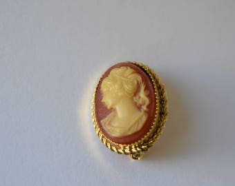 Brooch Faux Cameo with Gold Tone Braided Setting Vintage Women's Victorian Revival Jewelry