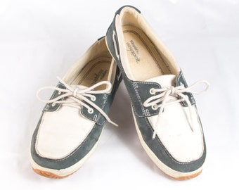 VTG 90's Two Tone Boat Shoes size 7 1/2 Womens Cream and Green Leather Loafers Lace Up Sneakers Deck Shoes Nubuck Preppy Vintage