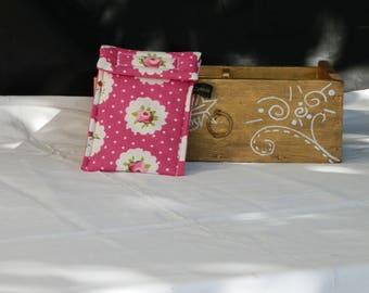 Etui pour téléphone - fleurs sur fond rose - grande taille
