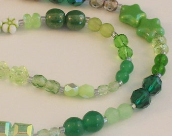 25 Pairs of Assorted Green Beads // Green Accent Beads // Green Destash Bead Mix