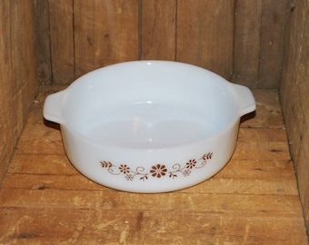 Dynoware Pyr-O Rey white and brown milk glass casserole, serving dish - 1274