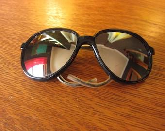 "Mirrored ""I Ski"" Sunglasses / Mountaineering Glacier, Skiing Snow, Japan, Nylon Frame"