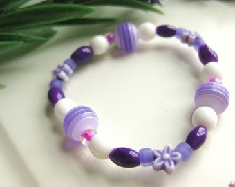 Purple and White Bracelet with Flowers, Small Beaded Girls Bracelet, GBS 112