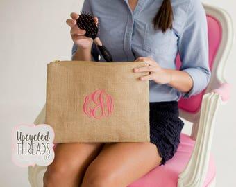 Personalized Burlap Bag, Monogrammed Zipper Bag, Monogrammed Burlap Bag, Monogram Bag, Bridal Shower, Make Up Bag, Bridesmaids Gifts