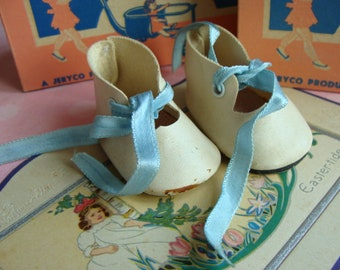 Beautiful Old Vintage Doll Shoes