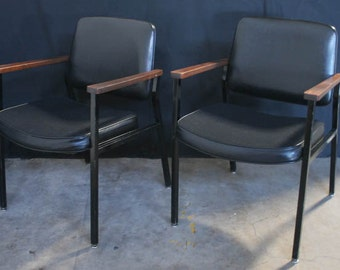 Set of Two Vintage Black Arm Side Office Chairs From Delwood Furniture/United Chair Division