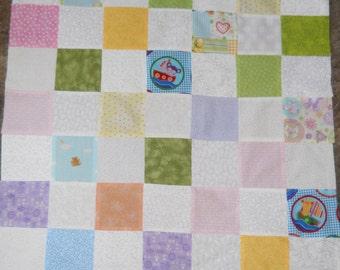 Baby    -  quilt top     --new--     (28  x 36)