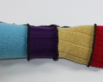 Arm warmers, made from upcycled sweaters made in france