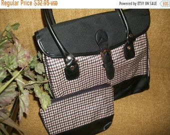 Purse Houndstooth Plaid VIntage Handbag Black Brown Beige Faux Leather Envelope Purse Matching Cosmetic Bag