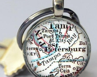 st Petersburg Florida Map Keychain gift for her, Daughter Gifts, Personalized Key Chains for Men, Cool Keychains, office gift, co-workers