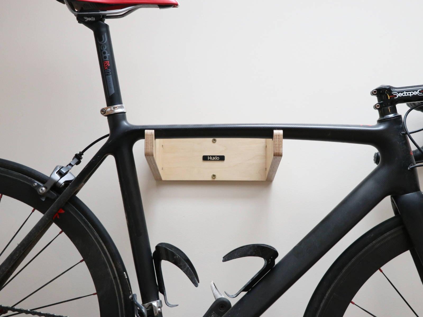 v lo mural bicycle rack tag re porte meuble rangement bois. Black Bedroom Furniture Sets. Home Design Ideas