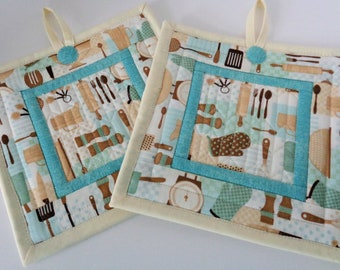 Quilted Pot Holders - Set of 2 Hot Pads - Quilted Hot Pads - Trivets - Beige Teal and Cream - Kitchen Set- Quiltsy Handmade - Kitchen Decor
