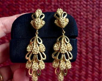 Vintage Crown Trifari Multi Textured Gold Tone Dangle Clip On Earrings Articulated Open Work Cascading Drops Designer Signed Earrings