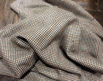 Coupon of wool fine beige, Khaki and Brown tartan