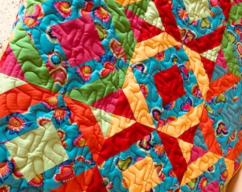 Baby quilt, multi colors baby quilt, baby shower gift, modern baby quilt