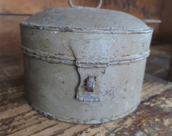 Antique Painted Tin Cannister - American Country Tinware