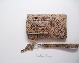 "Snakeskin Suedecloth Wristlet, Fits iPhone 5 and Smartphones up to 5.25"" x 2.75"", Smart phone Wristlet, Cell Phone Clutch"