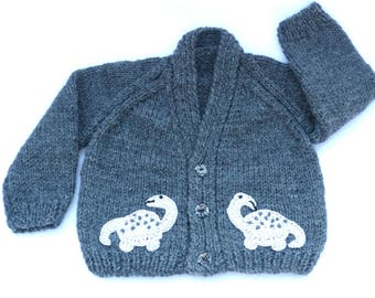 Hand knitted baby clothes, Knit baby cardigan. Grey baby sweater to fit 0 to 3 months. Baby boy clothes, baby girl clothes. baby shower gift