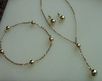 Jewelry set in gold 585 (14 K) with balls!