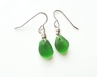 Seaham Sea Glass hook earrings of Bright Green drops suspended from Sterling Silver hooks - E1779 - from Seaham,  UK