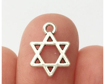 16 Star of David Charms Antique Silver - STAR05