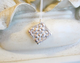 Periwinkle Pendant - Fine Silver, Floral