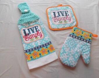 crochet towel, crocheted towels, kitchen towel, hanging towel, potholders, towel and potholders