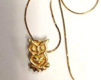 Cute Little Vintage Owl Pendant  - 14 k