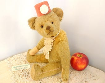 Antique teddy bear, made in 1920s Germany, early Steiff bear copy probably by Strunz, 13 inches, restored shabby chic old bear