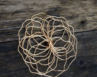 Wire Art Wall Flower For Room Decorating, Gold Home Decor