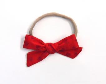 Red Heart Medium Knotted Bow
