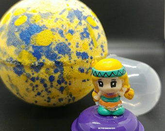 Squinkies Inspired Bath Bomb With Toy Inside