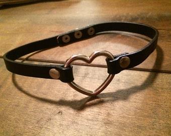 Black Heart Leather Choker