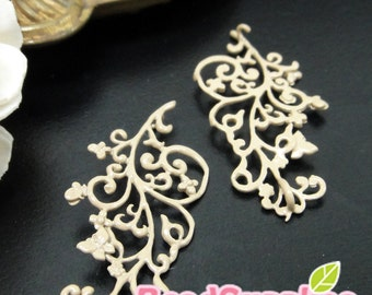 CH-ME-10114D - Nickel Free, Color enameled,Ivy leaf with butterfly, Beige, 4 pcs