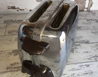Vintage Toaster Kenmore 344 Chrome and Bakelite Workhorse