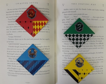 Origami Corner Bookmarks inspired by Harry Potter Houses