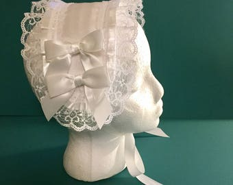 White Customizable Lolita Headdress with 4 snap on white bows (additional add on sold separately) Gothic Lolita, cosplay, mori.