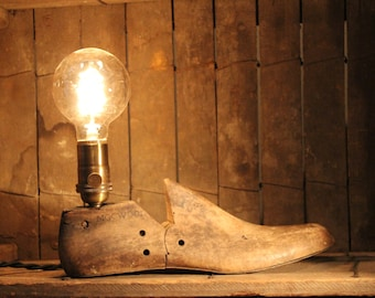 Antique Cobbler's Shoe Mold Accent Lamp - Table Lamp, Desk Lamp, Rustic Industrial Upcycled Lighting