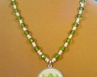 Super cute Green and White Frog Pendant Necklace - N357,358