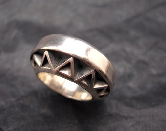 Geometric ring, sterling silver, custom made jewelry, jewelry art