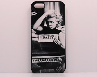 Iphone 6 Iphone 5 iphone 4   Marilyn Monroe Pinup icon Samsung Case Ipod  Vintage Black and white Photo  mobile cell phone cover snap case