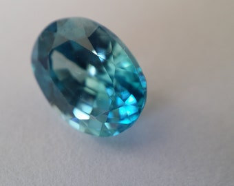 2.81 Ct Natural Cambodian Blue Zircon Gemstone - Blue Sea